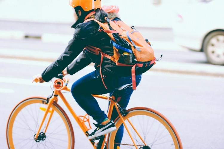 V naší nabídce máme cyklo batohy se správně vyváženou konstrukcí cc11574c01